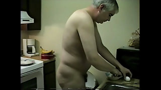 NUDE COOKING